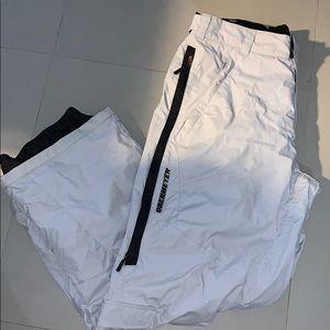 Obermeyer ski/snowboard pants. Size XL. NWOT